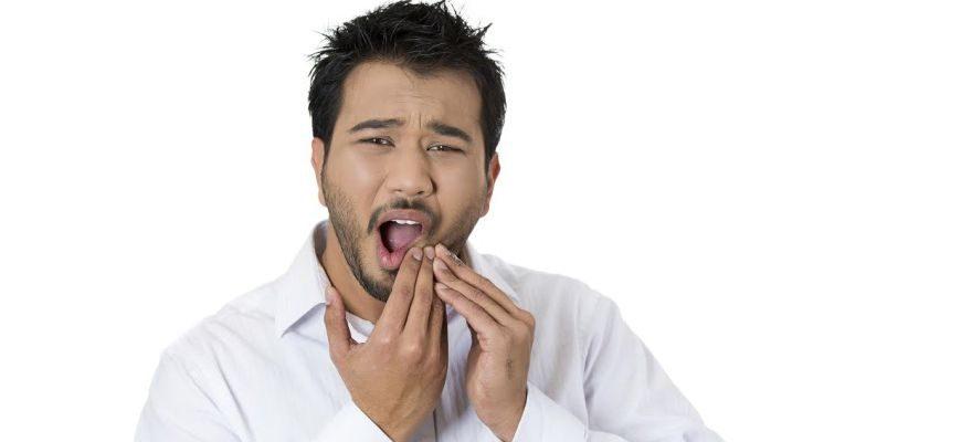 почему больно накусывать на зуб с удаленными нервами
