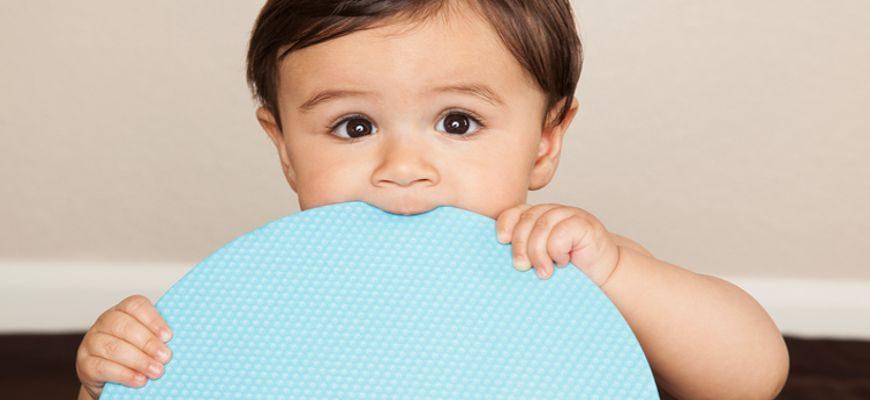 почему чешутся зубы у ребенка в 4 года