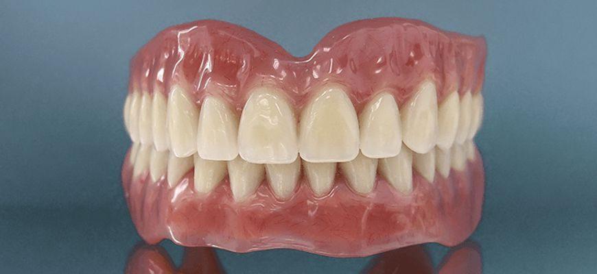 зубные протезы на присосках при полном отсутствии зубов